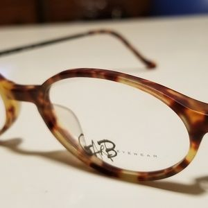 Gab eyewear